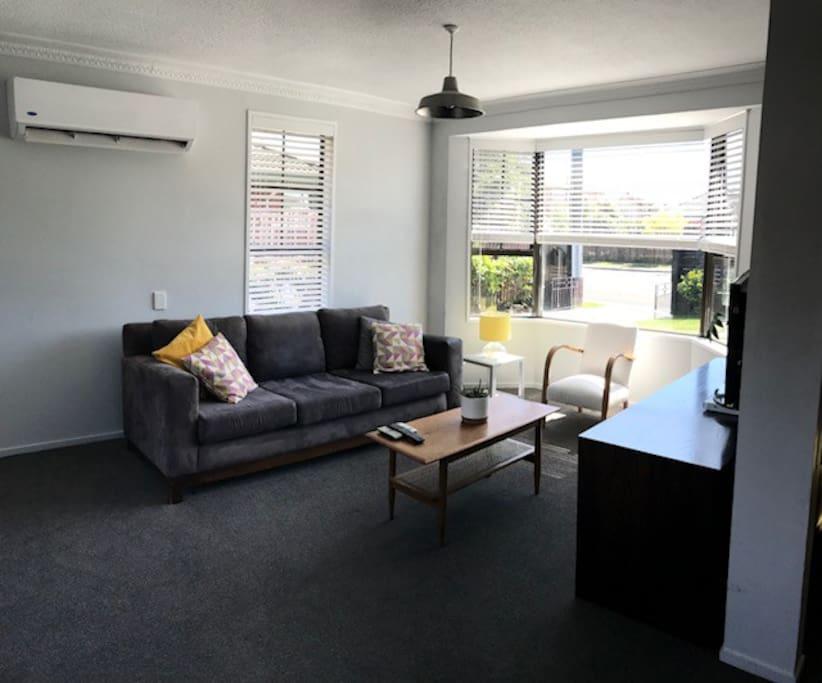 Lounge with heatpump