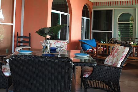 Bacalar, Mx Private House on the water /Sleeps 5