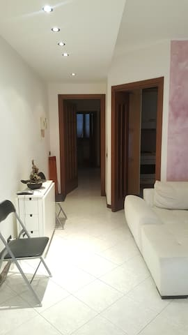 Nice and spacious apartment a Pessano con Bornago