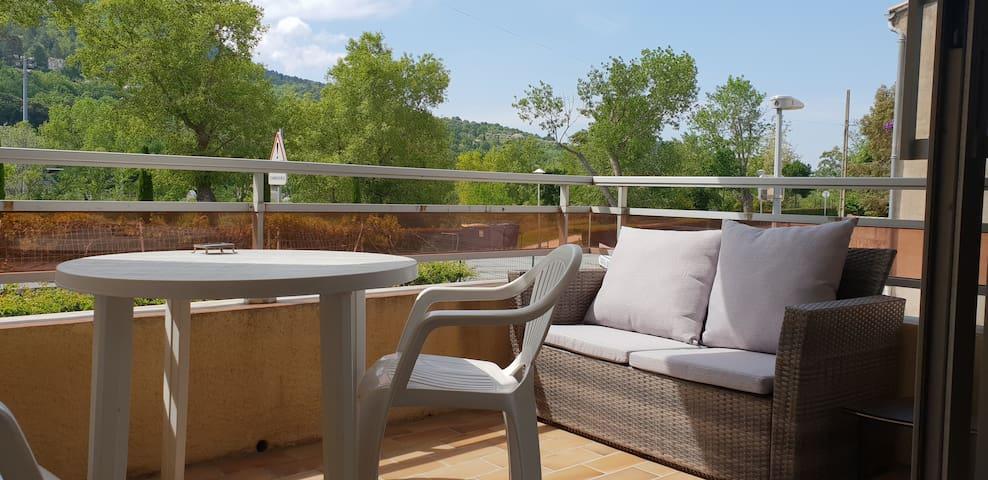 Sehr helle Wohnung, klimatisiert, 2  terrassen
