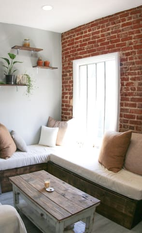 Artistically Furnished Dream Apartment - Mid City