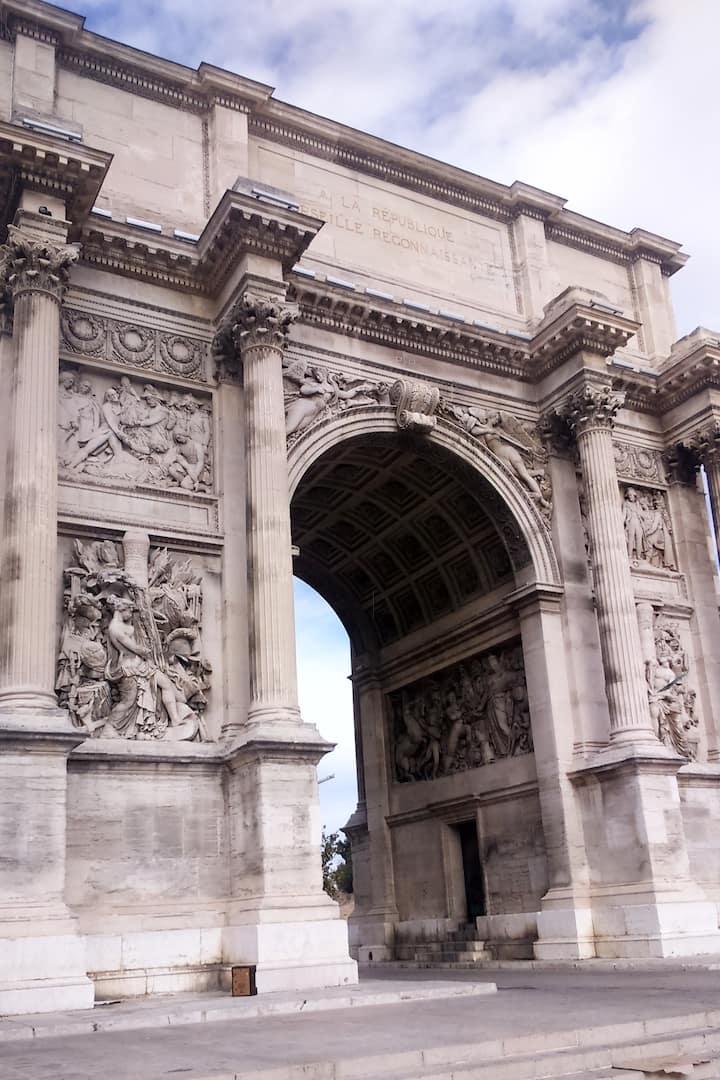 Porte D'Aix return of Classicism