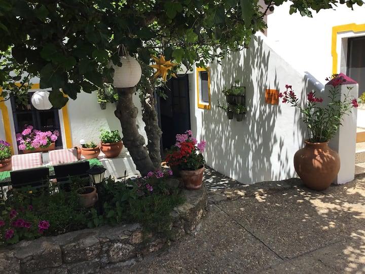 """Salto del Caballo """"Espana"""" Apartment"""