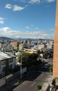 SUITE EN QUITO EXCELENTE UBICACIÓN - Quito - Apartment