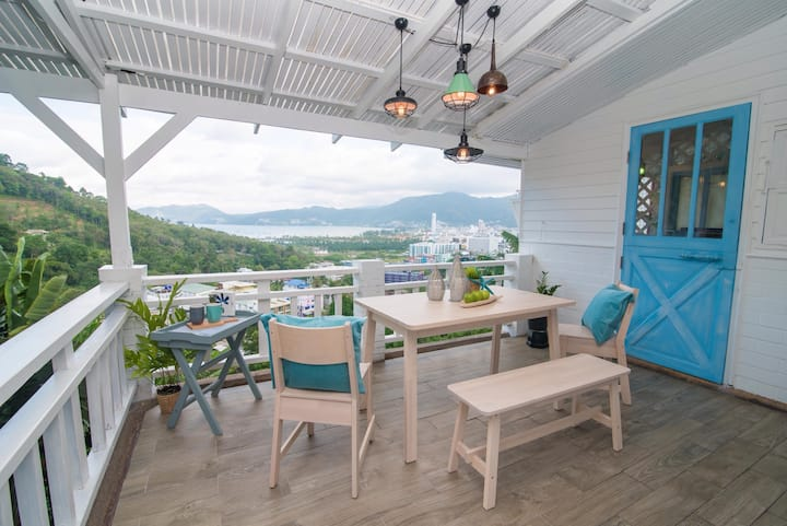 Patong Seaview 2 BR Jacuzzi Villa
