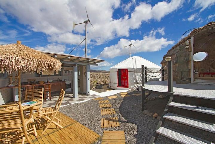 Luxurious  Eco Beach Yurt, Pool, WIFI, Hybrid Car