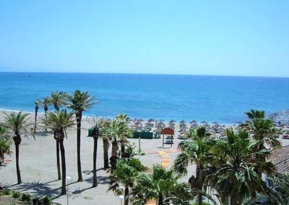 Bonito apartamento con piscina y cerca de la playa for Apartamentos con piscina y playa