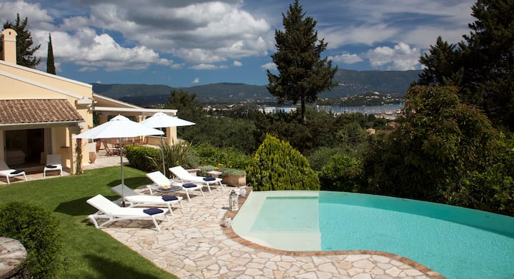 Paloma  Sleeps 8  with private pool and sea views
