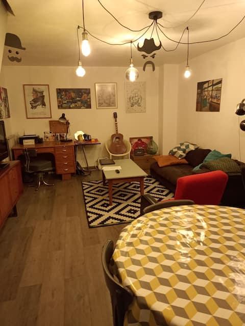 appartement calme, chaleureux et bien situé
