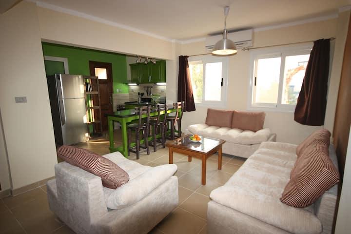 Seenai Apartment (4) with wifi and coffee machine