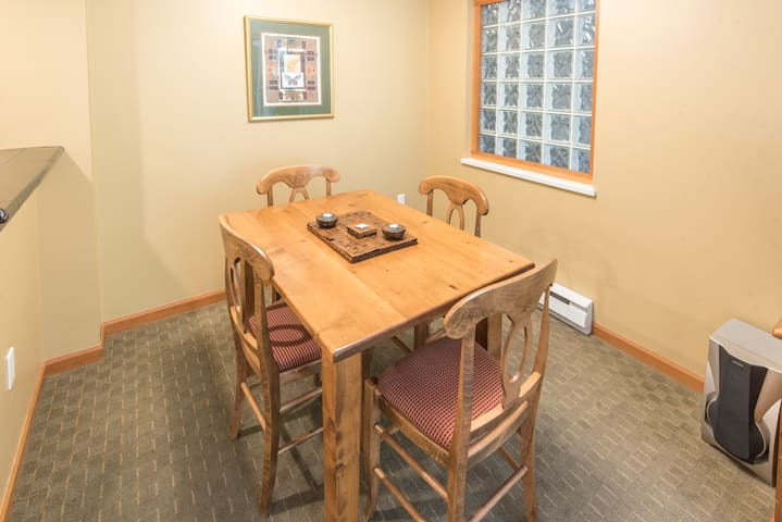 Dining Space - Unit #116