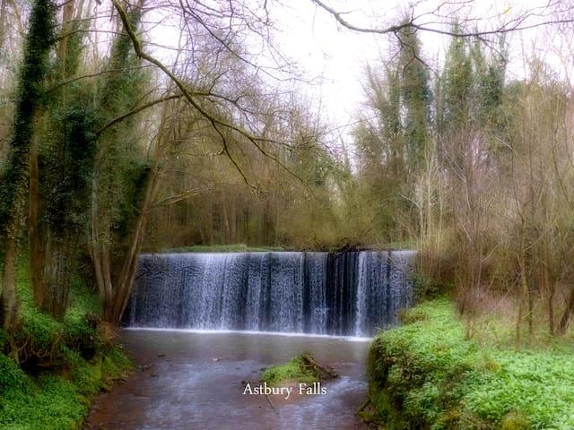 Astbury Falls
