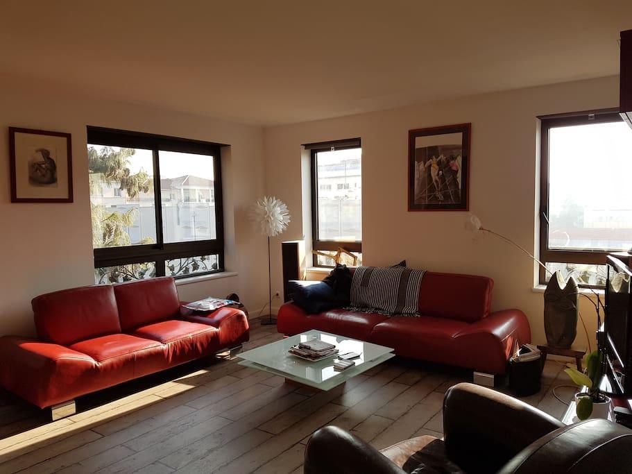 Appartement neuf 75m lyon croix rousse garage for Garage blanc lyon 4