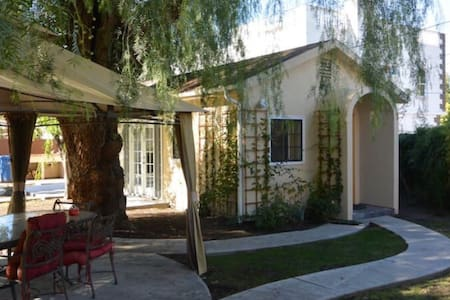 Guest house - Sherman Oaks - Dom