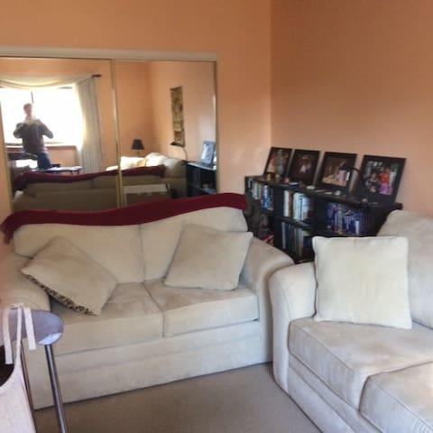 1 Bedroom Condominium - Holliston