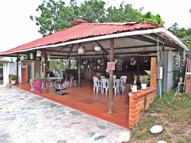 Hospedaje en Hacienda Villa Sofia