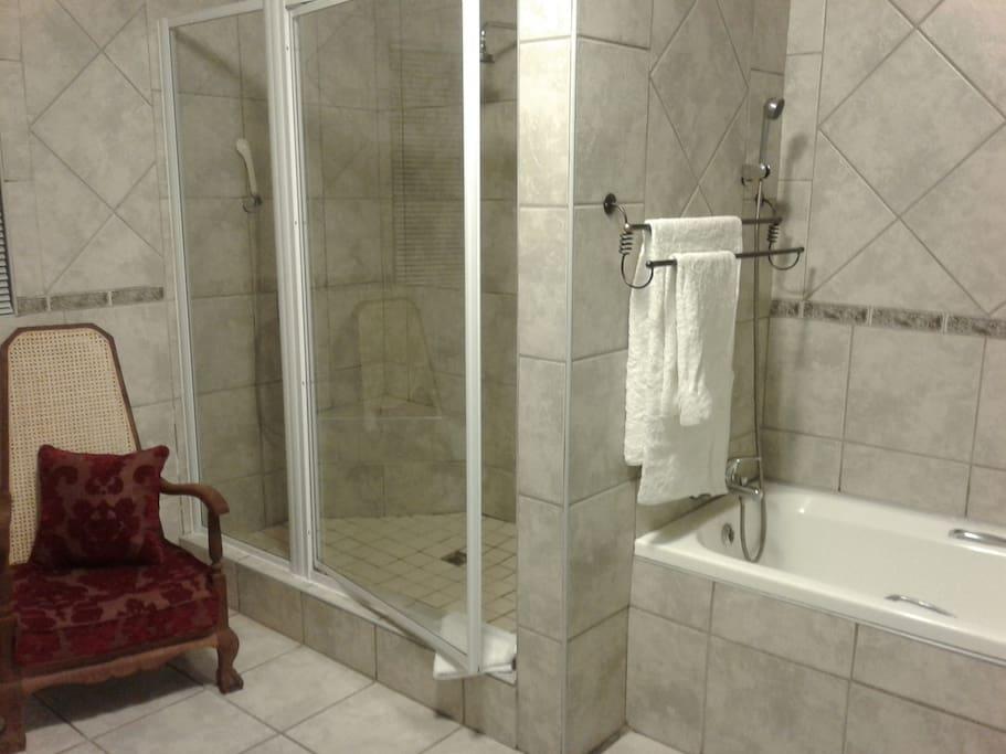 Room 4 o/s bathroom,bath and shower