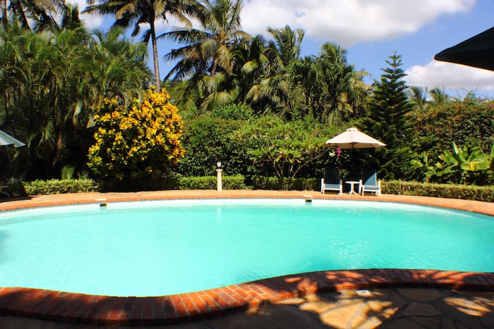Upani Holiday cottage 300m to beach - Ukunda, Mombasa - House