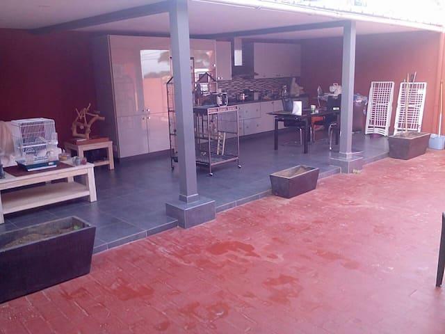 kamer met terras la orotava su casa - La Orotava, Canarias, ES - Casa