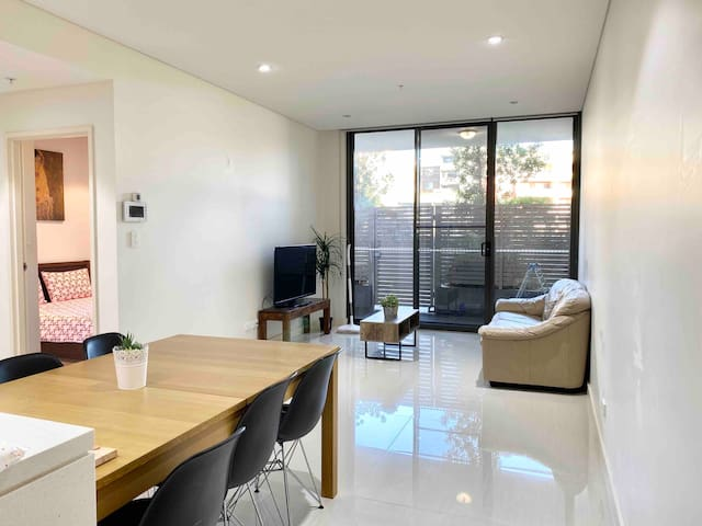 4 Cosy APT / Homebush /Olympic park/ 1.5 bedroom