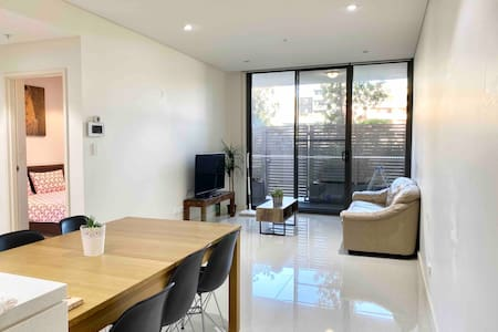 Cosy APT / Homebush /Olympic park/ 1.5 bedroom