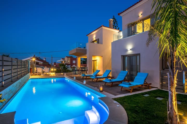 R549  Villa Zoey with Private Pool Sea View and Sunrise