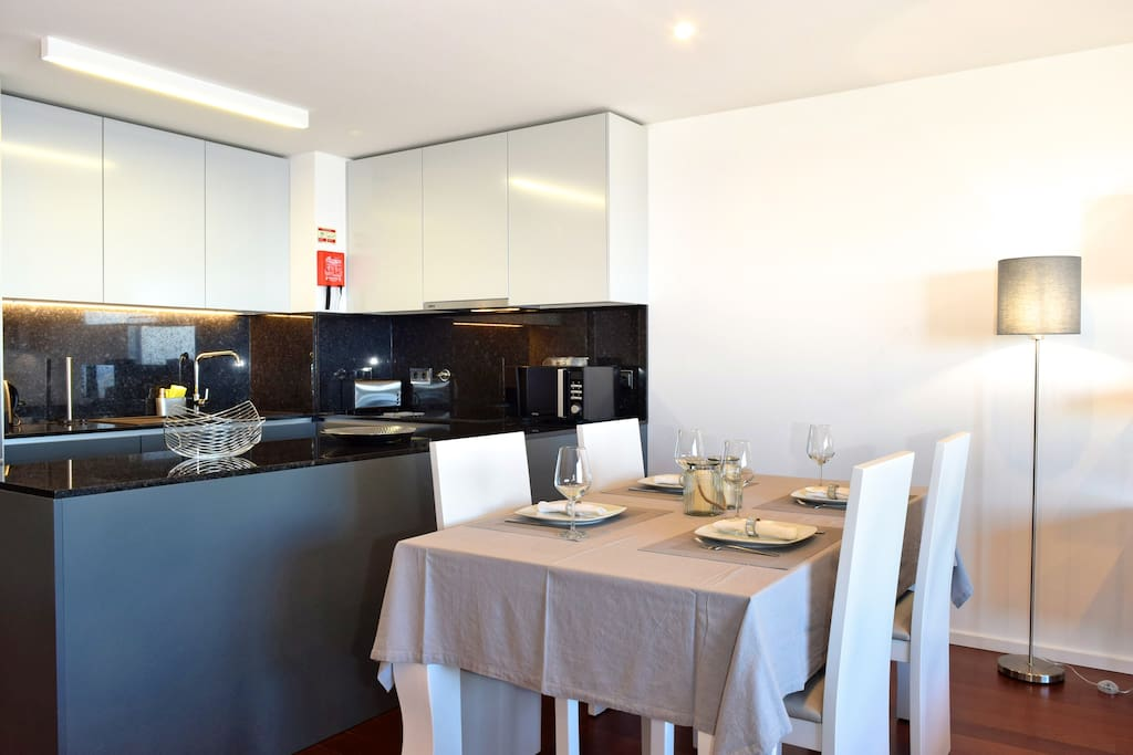 Kitchenette and dinning area
