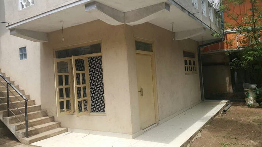 A charming 1bed house - Kandy - Rumah
