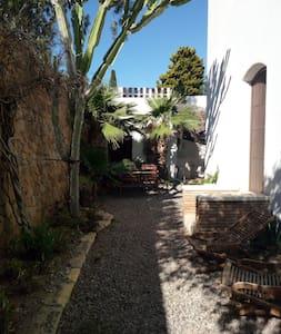 Estudio Jardin planta baja - Las Negras - Huoneisto