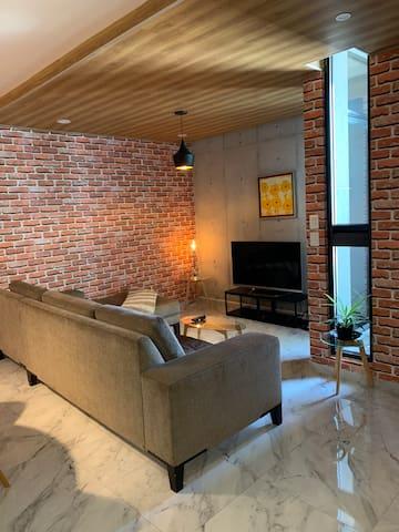 Sala y cuarto de TV