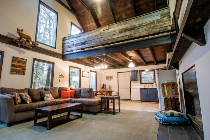 Secluded Cabin Near Ricketts Glen