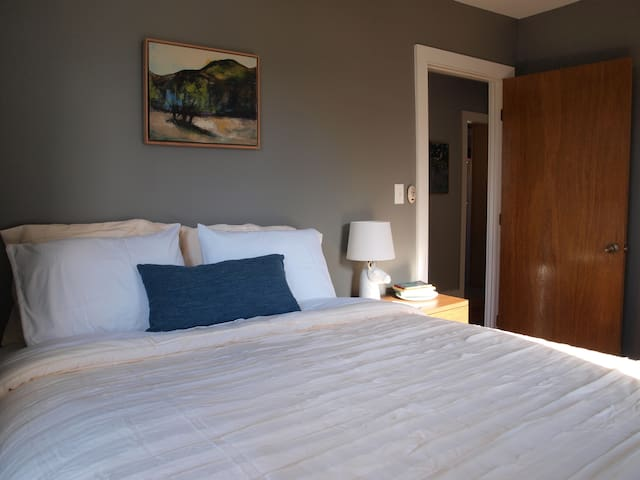 Comfortable 2 BR Home - Fayetteville - Maison