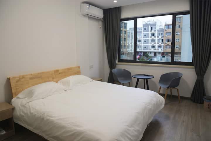 万达/台州学院旁,room2玖居
