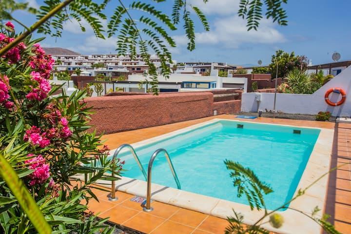 Villas Las Marinas 2 dormitorios y piscina