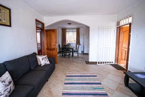 Golden Hill Apartments, 2 bed-roomed with WIFI