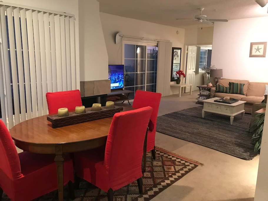 Family room/dining room