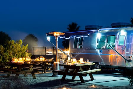 Resort Living in an Airstream - Navarre - Camper/RV