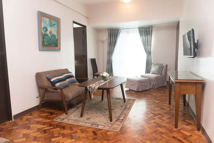 Cozy 2-bedroom unit in the heart of Ortigas Center