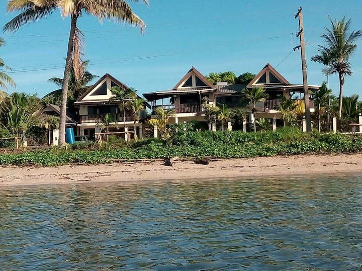 FIJI Coral Coast Private Ensuite on the Beach