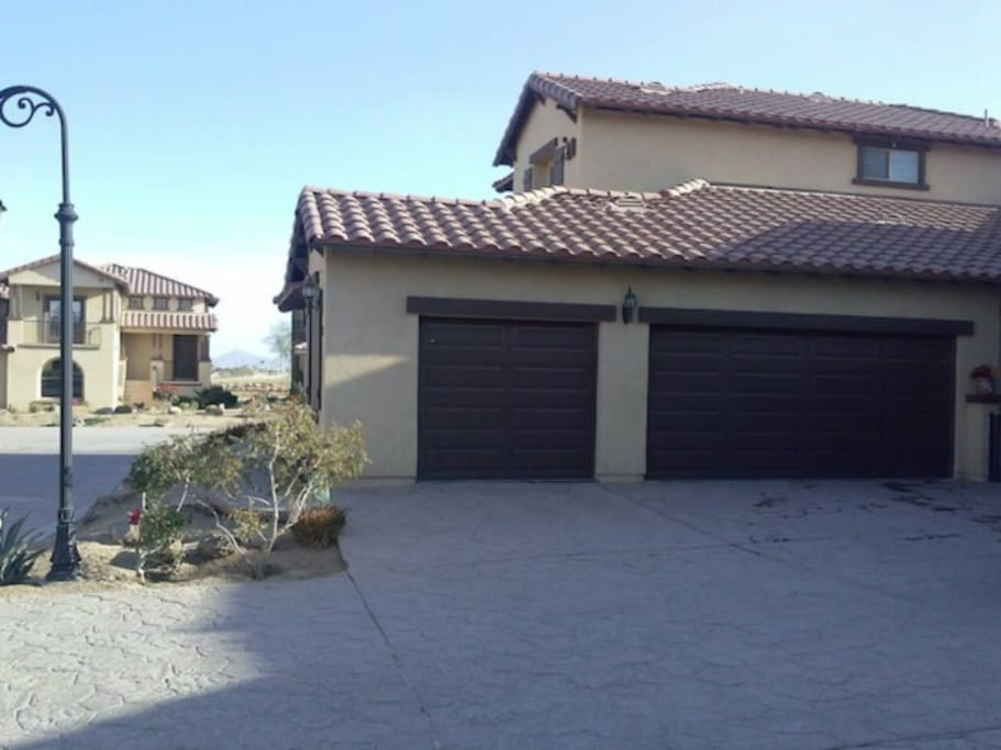 El Dorado Ranch Holiday Rental 21-4 Three Car Garage