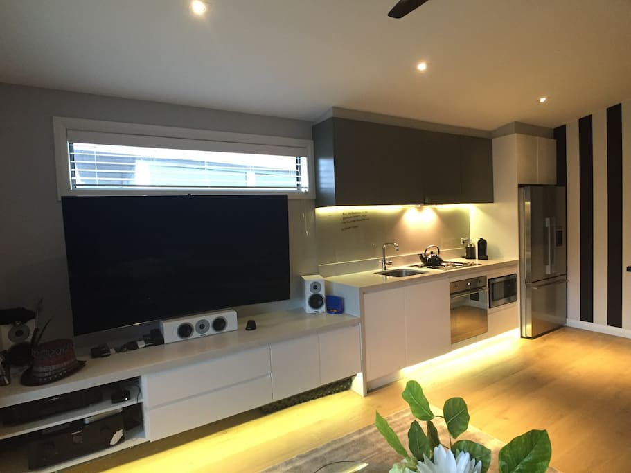 3D television with surround sound and all state of art