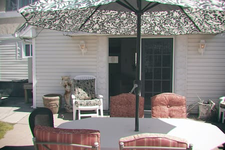 Leilani's Cottage by the Sea - North Wildwood - Bungalow