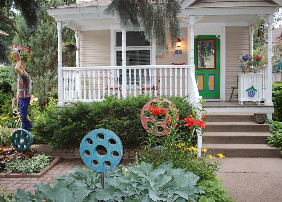 Welcome to Bobbin House!  The brightly painted front door and garden sculptures makes us easy to find.