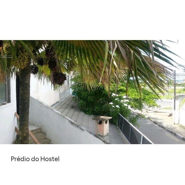Ampla Suite bem localizada próx praia de Ipitanga