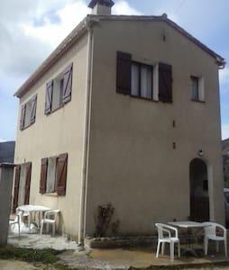 Location maison individuelle à cognocoli_monticchi - Cognocoli-Monticchi