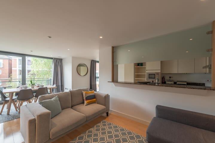 Modern Serviced Apartment ~ The Pembroke