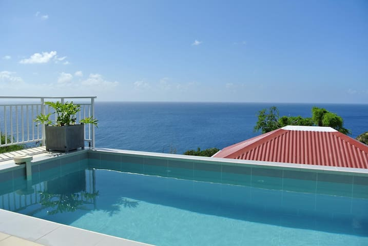 Breathtaking views, Pool and Terrace, Alfresco Dining Area, Kitchen with Breakfast Bar