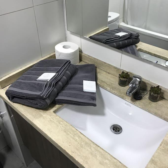Toallas limpias y confort.