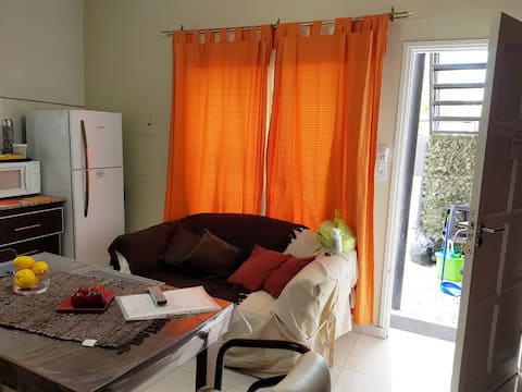 Dto de 1 Dormitorio- 1 a 4 pers- 1 primer piso