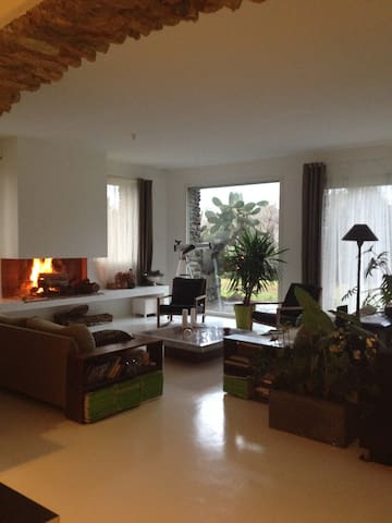 Maison avec jardin,piscine,tennis. - Venzolasca